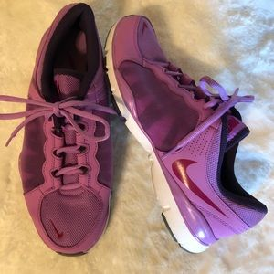 Nike Women's Shoes Sz 9.5